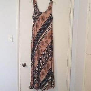 Jessica Howard maxi dress